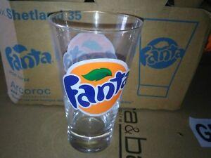 6 verres Fanta