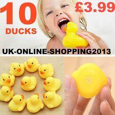 10 bagno bambini piccoli RUBBER DUCK GIOCATTOLI Bagnetto Fun Time Acqua Galleggiante Nuovo Regno Unito