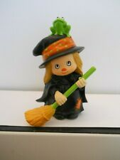 Hallmark Merry Miniatures Cute Witch with Frog on Hat 1982
