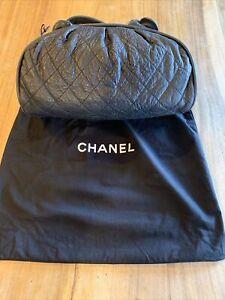 CHANEL Quilted Black LambSkin Handbag/Shoulder Bag/ Tote