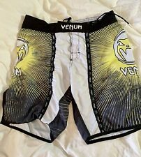 Venum Mma Combat Sports Kickboxing Martial Arts Shorts Mens Size Lg