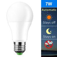 E27 7W Led Auto Sensor Light Lamp Dusk To Dawn Bulb 110V 220V Indoor Outdoor
