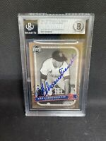2005 Upper Deck Classics Signed Red Schoendienst Beckett Slabbed