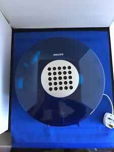Vintage 1970's UFO space age portable record player Philip's 22GF303