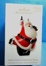 """Hallmark """"Santa Claus Is Coming To Town"""" Ornament 2010"""