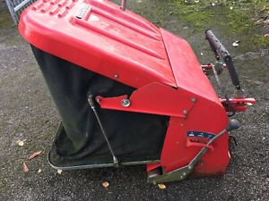Countax C series 300 litre grass collector and box