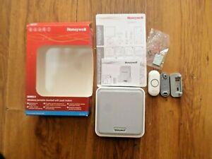 Honeywell DC915N Series 9 Wireless Portable Doorbell with push button