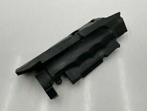 2011-2020 MERCEDES S SL E ML GL  ENGINE RIGHT AIR CLEANER FILTER BOX INSULATOR