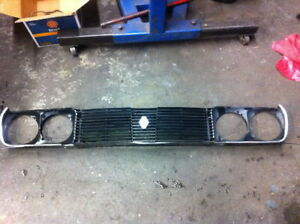 1978 Renault 17 Gordini Front Car Grille Assembly Headlight Bezels Left Right