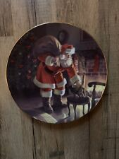"""1991 Edwin Knowles """"Santa's Love"""" Norman Rockwell Vintage Collector Plate"""