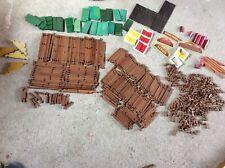 Lot de pièces  jeu de construction en bois (mon chalet maison forestière)