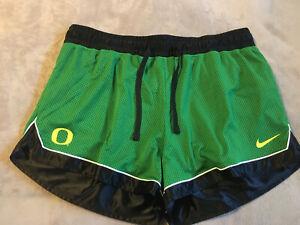 NWT Women's XXL Nike Oregon Ducks Dri-Fit Athletic Shorts $50 (B4)