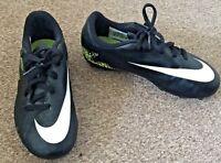 Boys Nike Hypervenom Black Green Moulded Studs Football Boots Size UK 11.5 SB5