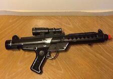 1996 HASBRO--STAR WARS--STORMTROOPER ELECTRONIC BLACK BLASTER GUN TOY