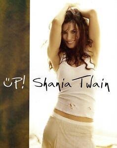 SHANIA TWAIN 2004 UP! TOUR CONCERT PROGRAM BOOK BOOKLET--NEAR MINT 2 MINT