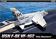 Academy USN F-8E VF-162 The Hunters Aero Plastic Model Kit Cartograf 1/72 12521