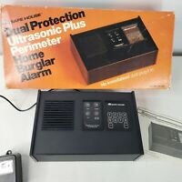 Radio Shack Safe House Ultrasonic Plus Perimeter Home Burglar Alarm 49-302