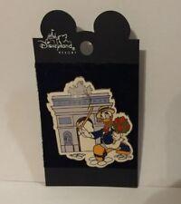 Disney Pin Donald Duck W/ Cane & Flowers At The Arch De Triumph In Paris
