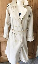 Ladies Vintage Burburry Trench coat. Nova Check Lining. Size 18 long. Plus Size.