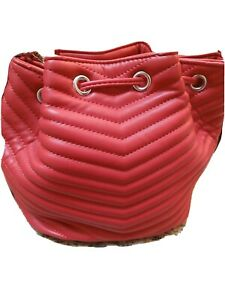 Steve Madden Marge Chevron Quilted Drawstring Bucket Bag Red. New with tags