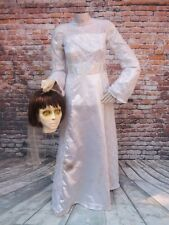 Gemmy LIFE SIZE Beheaded/Headless Bride Animated Halloween Prop Animatronic