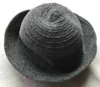 ***VINTAGE Gray Woman's HAT Good Condition.***