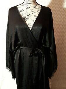 Women's SECRET TREASURES Silk Robe Black Long Sleeve Lace Size XL (16W/18W)