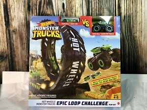 Hot Wheels Monster Trucks Epic Loop Challenge with Twin Mill Truck vs Race Car