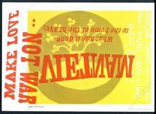 1968 Sister Corita Kent Jaune Submarine Vietnam War Vintage Affiche Imprimé