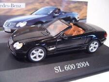 Voitures, camions et fourgons miniatures IXO Cabrio