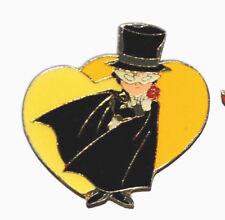 sailor moon vintage Bandai Japan Tuxedo mask heart shape pin