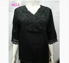 PLUS SIZE LACE BLOUSE - BLACK