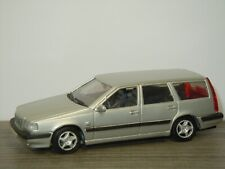 Volvo 850 Estate 1995 - Doorkey AHC Models 1:43 *42358