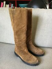 Gucci Brown Suede Boots Size 39