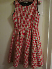 Miss Selfridge Red & White Geo Flower Pattern Short Stretchy Dress in Size 10