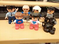 7 ASSORTED LEGO DUPLO FIGURES CAT CHILDREN CONSTRUCTION POLICE ROBBER BIKER