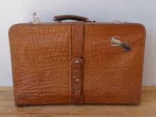 V4523 Alter Reisekoffer um 1940 ~ sehr dekorativ ~ Vintage ~ Koffer