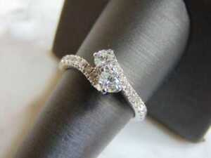 Women's Modern Engagement Wedding Band With 1.42CT Brilliant Cut CZ & 925 Silver