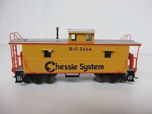 Atlas Trainman CHESSIE SYSTEM / B&O  Cupola Caboose #3664  R-T-R  *FREE SHIPPING