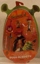 Shrek 2 Movie Puss In Boots With Pinocchio & Gingerbread Man Hasbro (MOC)
