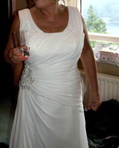 Size 16 / 18 Romantica Ivory Wedding Dress