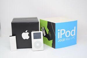 None Working Apple iPod Classic A1059 White 20GB w Remote & Original Box