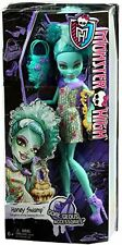 Monster High Gore-geous Honey Swamp Doll and Fashion Set, New, Free Ship