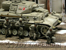 "Custom Built & Painted 1:35  WWII German 11.Frw.Pz.Gren.Div ""Nordland"" Set (4)"