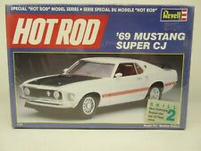 Revell #7121, Hot Rod '69 Mustang Super Cj, 1:25 Scale