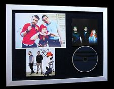 PARAMORE+SIGNED+FRAMED+MONSTER+MISERY+RIOT+EYES=100% GENUINE+EXPRESS GLOBAL SHIP