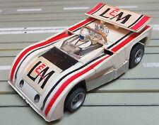 für H0 Slotcar Racing Modellbahn --   Lola T 260, + 2 neue Schleifer/Reifen