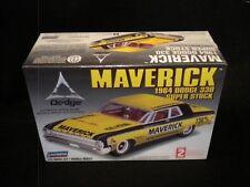 Lindberg 64 Dodge Maverick 330 1/25 Kit