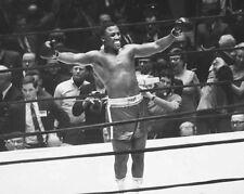 1968 American Boxer Smokin JOE FRAZIER Glossy 8x10 Photo Classic Boxing Print