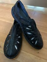 Propet Women's Shoes, Black Leather, Slip On Flats, Size 11 W. Lightweight.